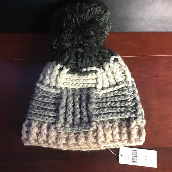 9d4dd52ca Anthropologie knit Pom Pom hat Sleeping on snow NWT